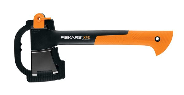 Fiskars X7 Hatchet Review - A great axe for everyone!
