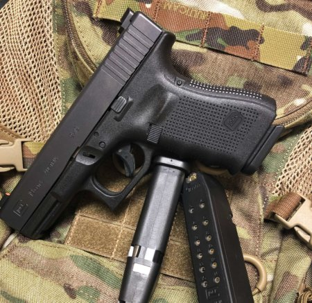 What's the Difference Between a Glock 19 and Glock 17?